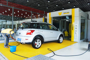 চীন Yellow Tunnel Car Wash System Brushed With Pneumatic Control System সরবরাহকারী